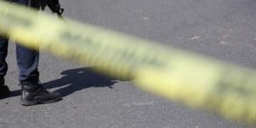 Hombres armados despojan a familia de su auto en Chilpancingo 9