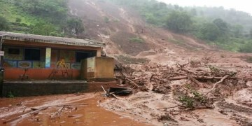 Aludes de tierra e inundaciones en India dejan 113 personas muertas 8