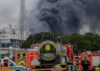 Explota planta de tratamiento en Alemania; hay un muerto y 16 heridos 4