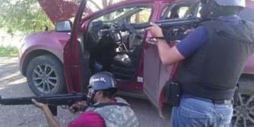 Soldados y policías matan a 9 sicarios en fuertes balaceras en la frontera con EU 1
