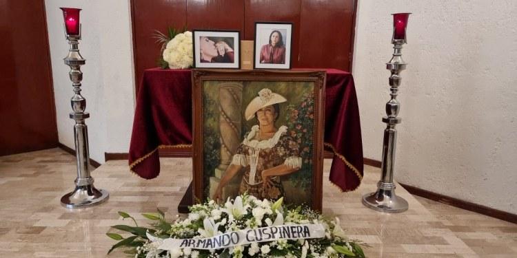 """""""No me importa cómo murió, me importa cómo vivió y ese es el ejemplo"""": hijo de Lilia Aragón 1"""