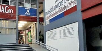UAGro convoca al XXI Coloquio Nacional de Formación Docente 4