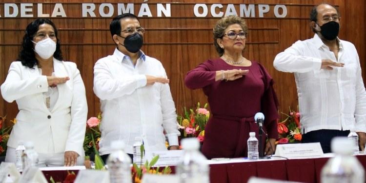 """Insensible con la tragedia en Acapulco, alcaldesa rinde último """"informe de logros"""" 1"""