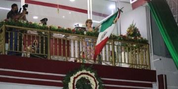 ¡Viva la Cuarta Transformación!, grita alcaldesa de Acapulco con un ayuntamiento en quiebra 8