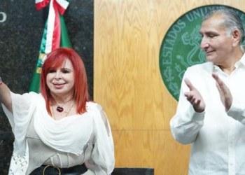 Layda Sansores toma protesta como gobernadora de Campeche 9