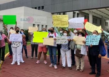 Paran atención en hospitales y centros de salud de Guerrero; exigen pago del FEGAC 6