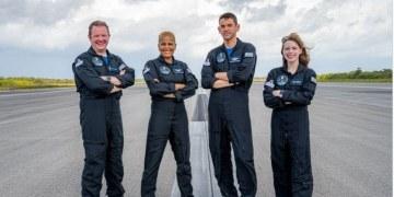 SpaceX lanzará al espacio la primera misión con tripulación totalmente civil 4