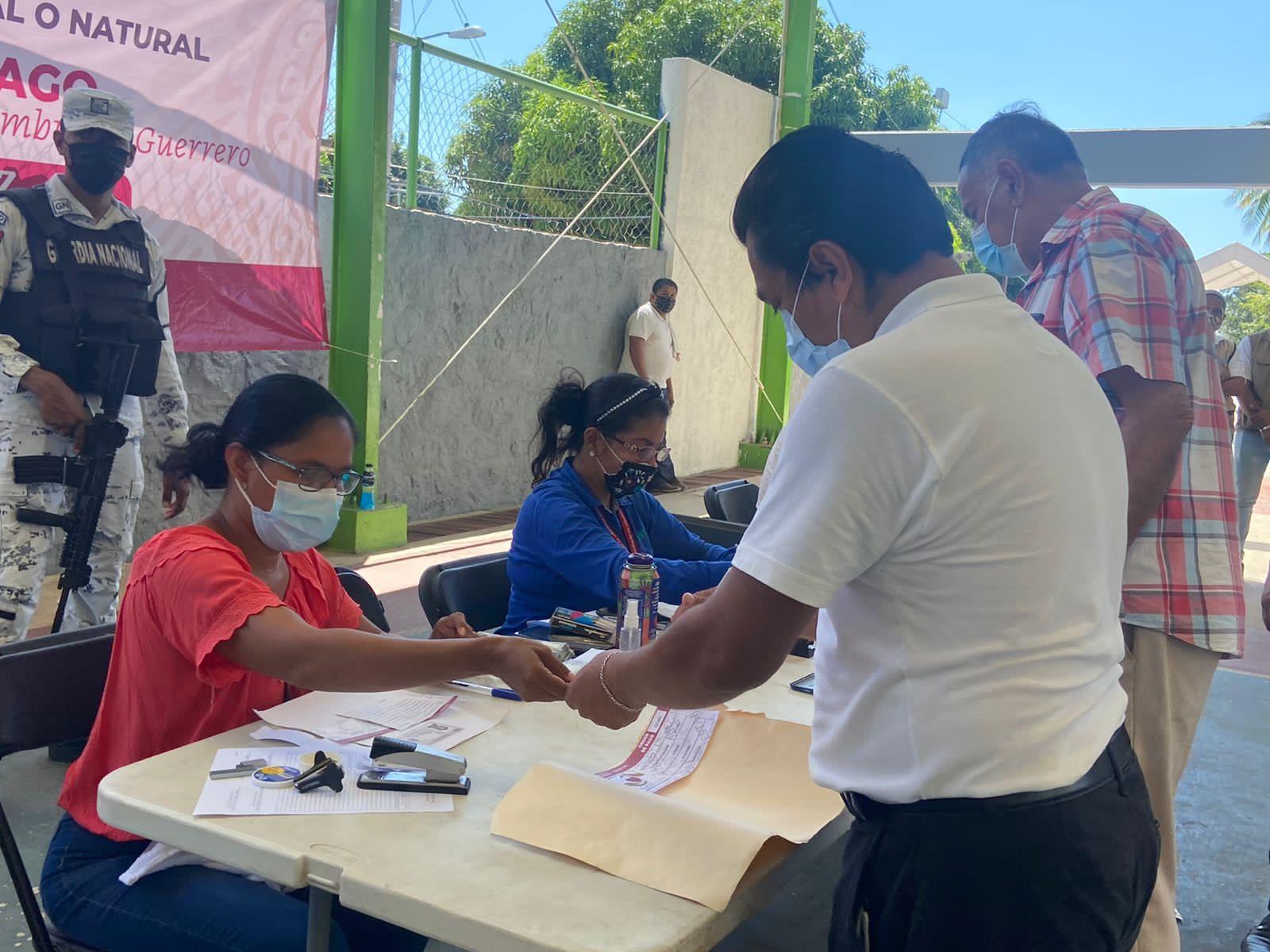Acapulco: Damnificados del sismo reciben apoyo de 10 mil pesos 1