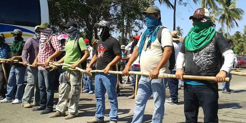 """Retienen salario a 600 maestros """"en resistencia"""" en Acapulco"""