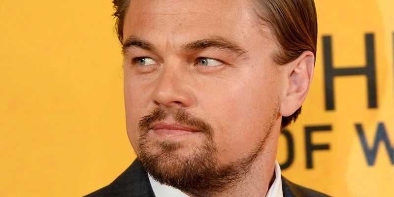 Video: momento en el que graban la estatuilla de DiCaprio