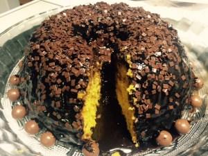 Bolo Vulcão de Cenoura com Chocolate - Receita
