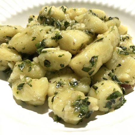 Nhoque de Batata Doce com Pesto de Manjericão
