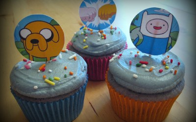 Purple Whatevers: Adventure Time grape drink cupcakes