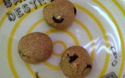 Food Puncher: Raw Vegan Cookie Dough Bite Recipe