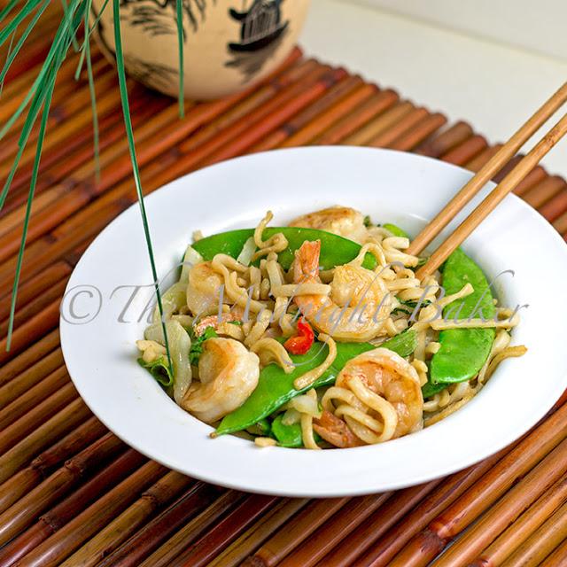 Peanut Rice Noodles with Shrimp