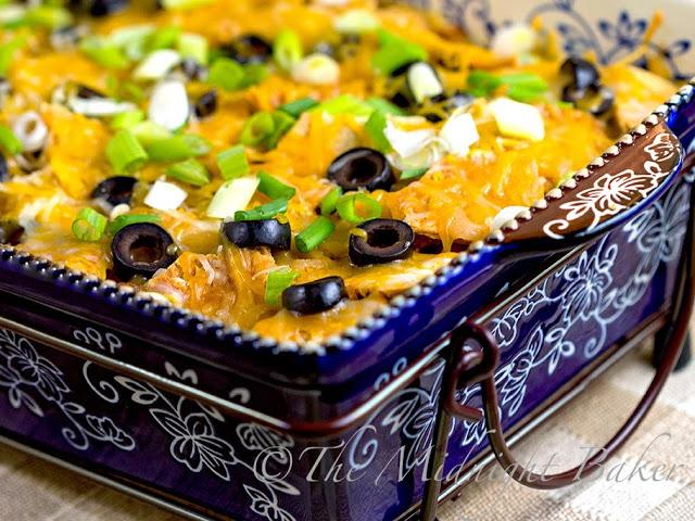 Beefy Taco Mac Bake #TacoCasserole #MexicanFood #Tacos #MacaroniAndCheese