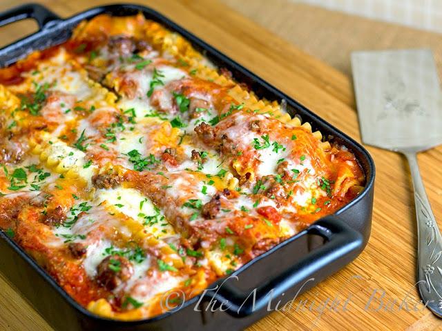 Holiday Lasagna #BuffetFavorites #pasta #lasagna #ChristmasEveMeals #casseroles