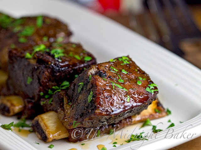 Slow Cooker Maple Glazed Short Ribs #ShortRibs #SlowCooker #CrockPot #CrockPotBeefRibRecipes