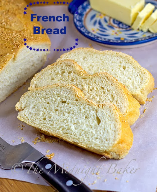 French Bread #FrenchBreadRecipe #YeastBreads #BreadRecipes