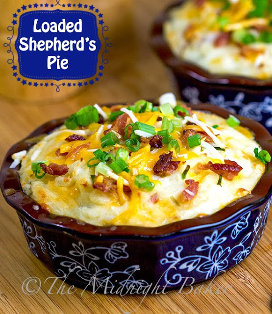 Shepherd's Pie #ShepherdsPie #casseroles #GroundBeefCasseroles #LoadedPotatoes