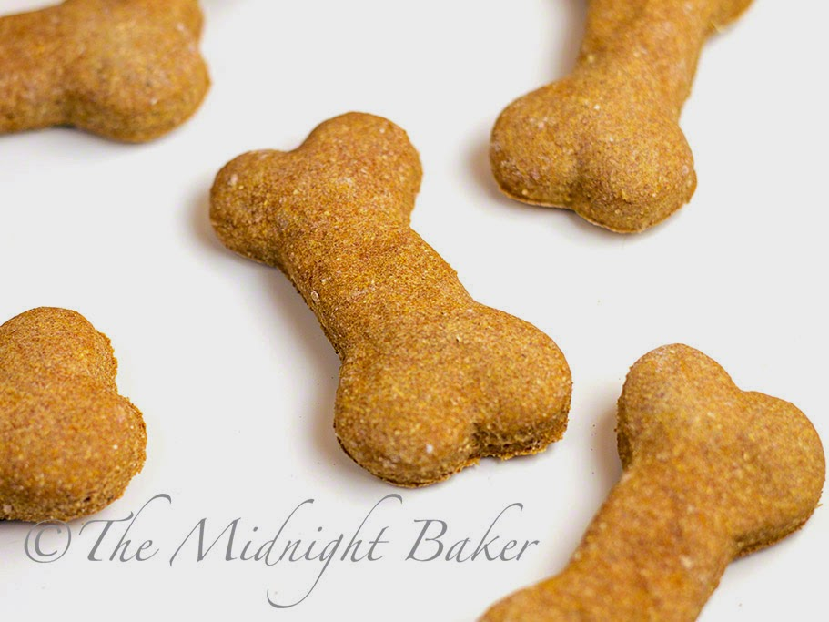 2 Ingredient Dog Biscuits #HomemadeDogBiscuits #DogTreats #PetTreats