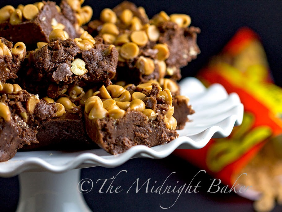 Chocolate Peanut Butter Cookie Dough Bites #NoBakeCookies #PeanutButterCups #fudge