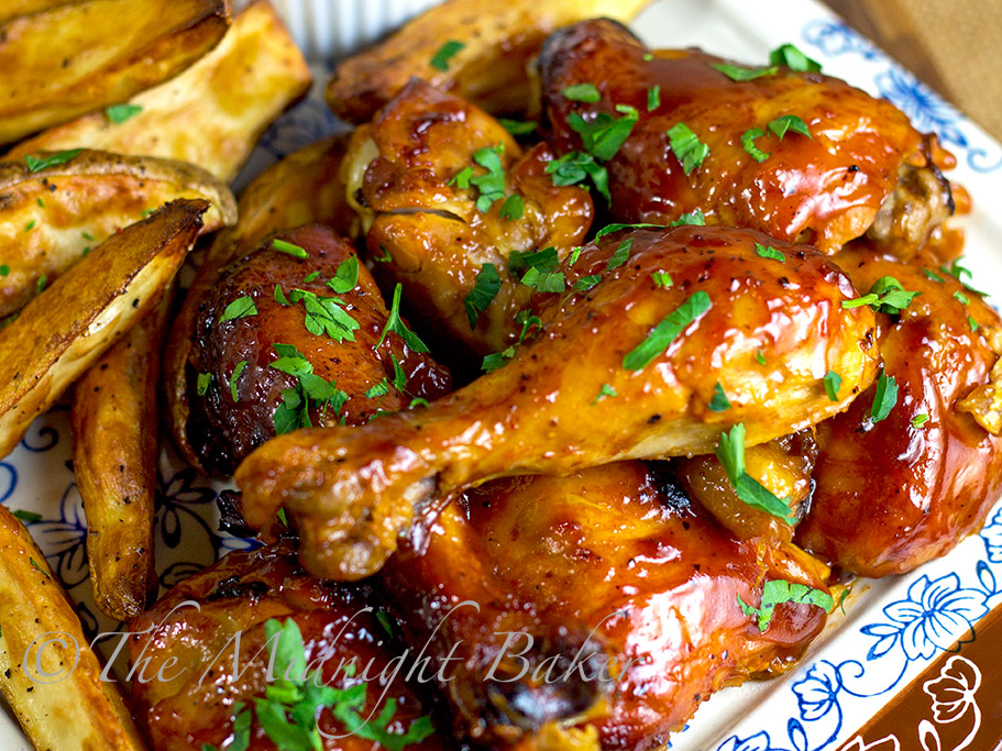 Slow Cooker Fruity BBQ Chicken #SlowCooker #CrockPot #BBQChicken