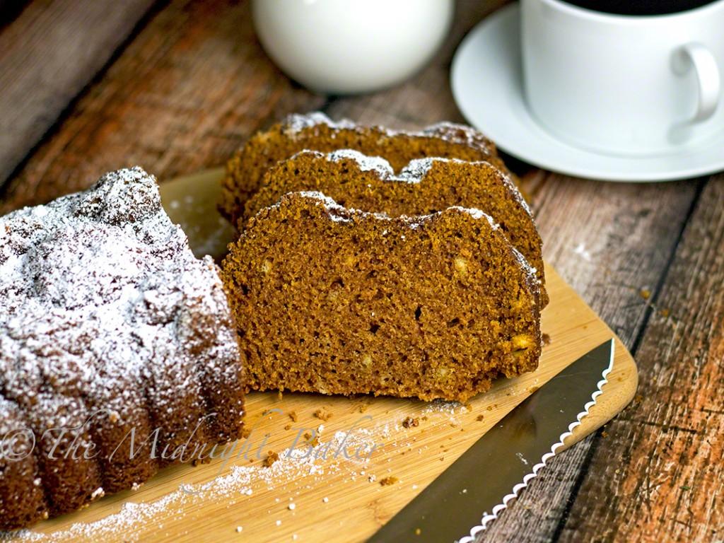 Down East Pumpkin Bread | bakeatmidnite.com | #pumpkin #pumpkinbread #fall