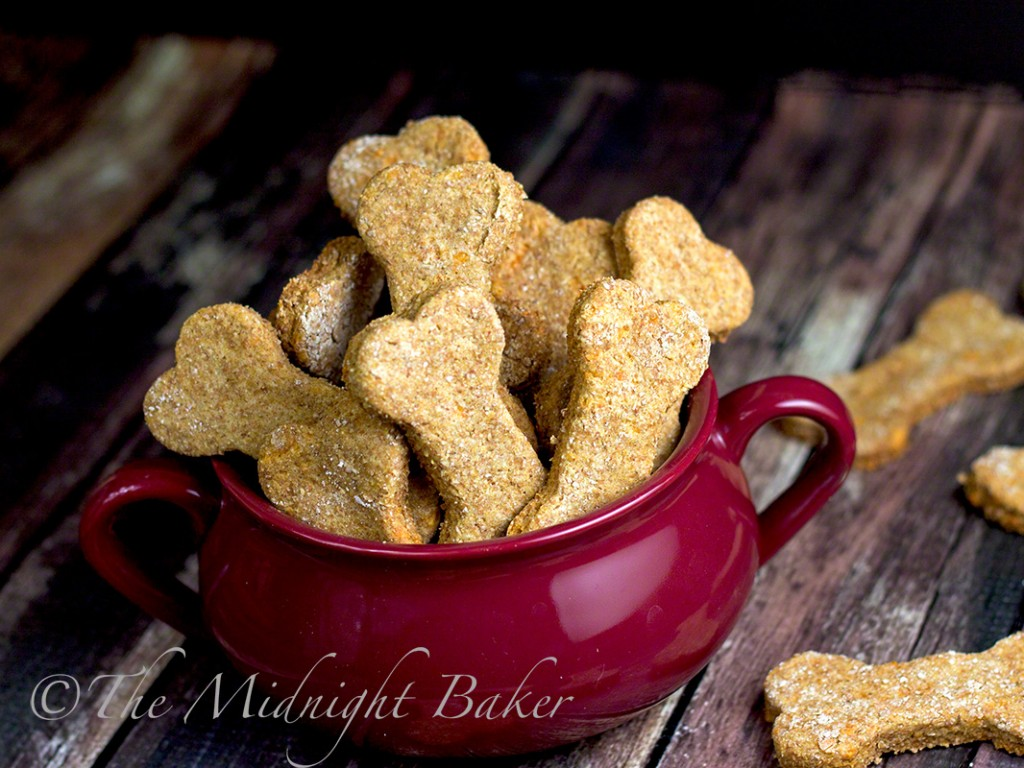Greek Yogurt Dog Biscuits | bakeatmidnite.com | #dogbiscuits #greekyogurt