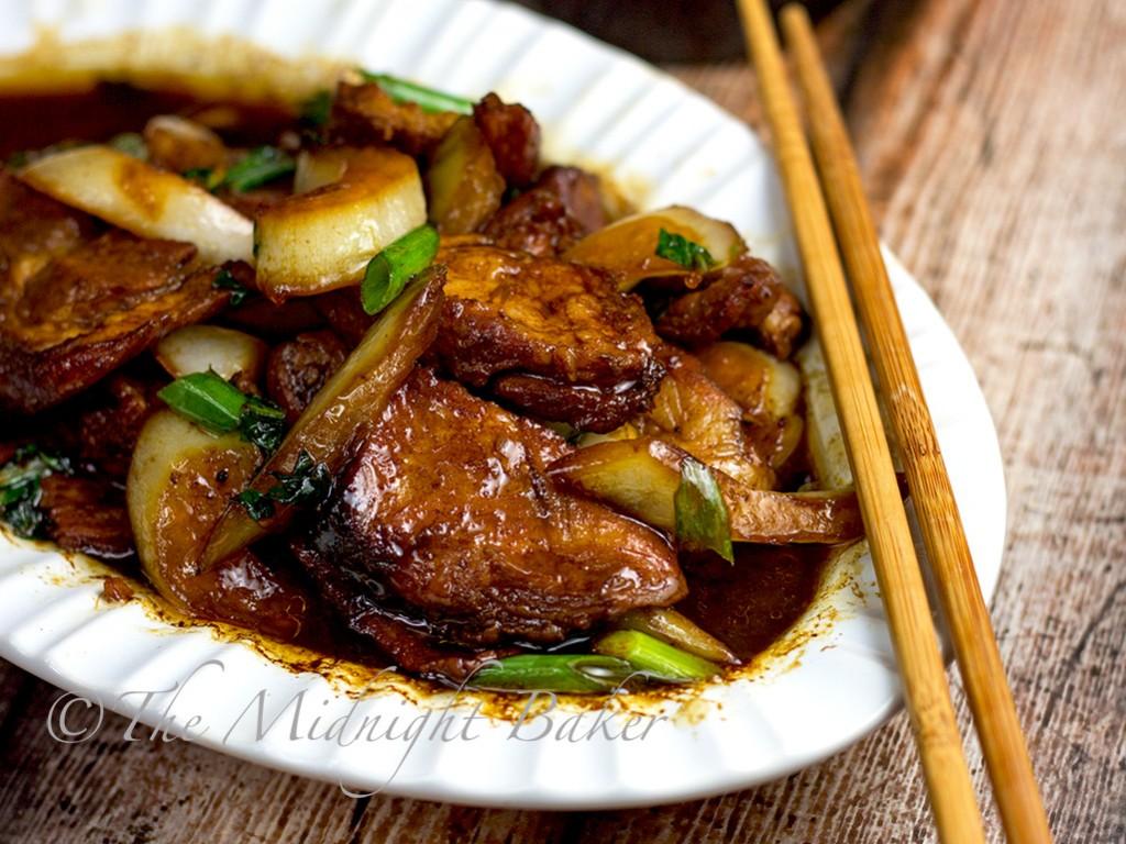 Roast Pork with Chinese Vegetables | bakeatmidnite.com | #chineseroastpork #bokchoy #quickdinners #takeout