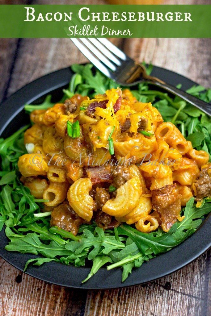 Bacon Cheeseburger Skillet Dinner | bakeatmidnite.com | #groundbeef #cheeseburger #skilletdinner