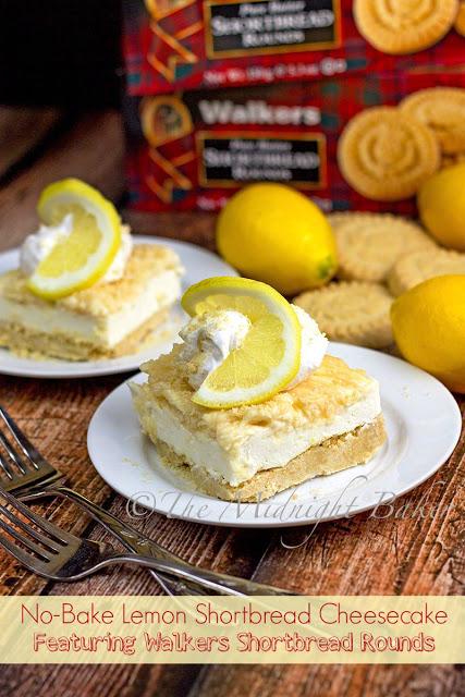 No-Bake Lemon Shortbread Cheesecake | bakeatmidnite.com | #WalkersShortbread #cheesecake #recipe #ad