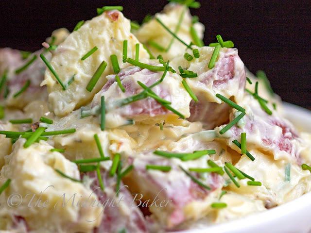 Chipotle Ranch Potato Salad | bakeatmidnite.com | #potato #salad #chipotle #ranchseasoning