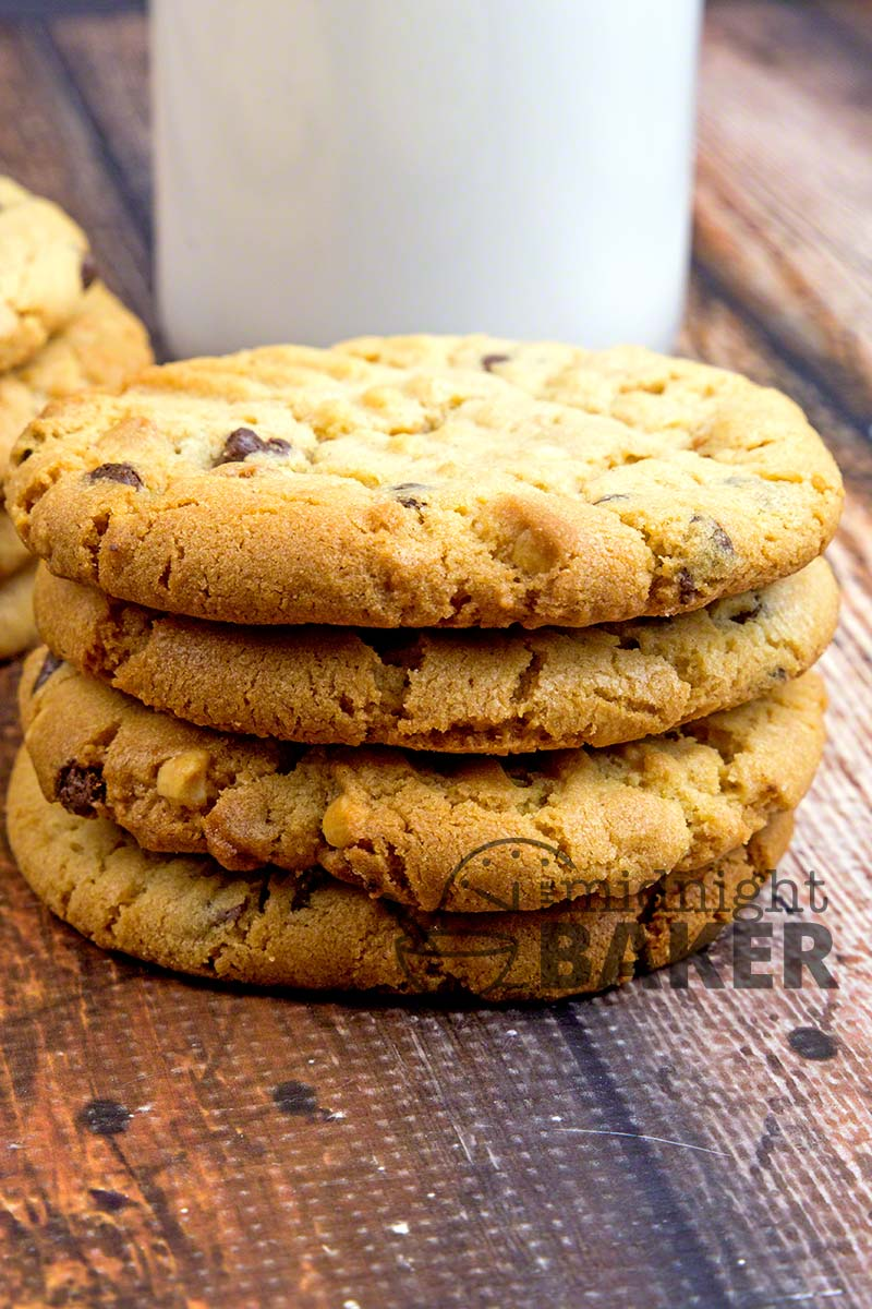 These peanut butter cookies are pure heaven! Made with all butter and crunchy peanut butter.