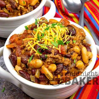 Another perfect meal for a cold night. This chili is a good copycat to the one Wendy's makes.