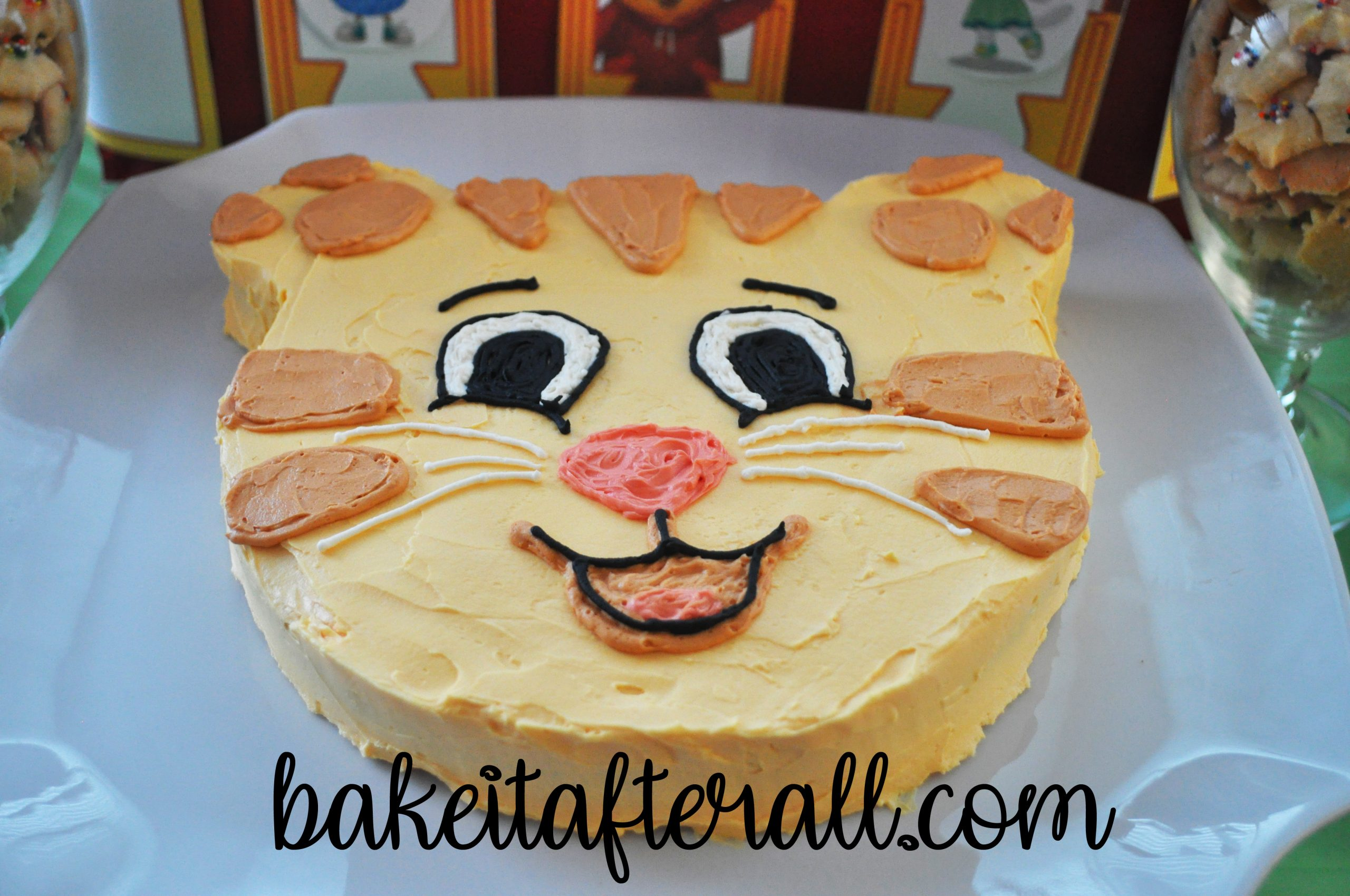 Daniel Tiger Cake And Birthday Party You Re Gonna Bake It After All