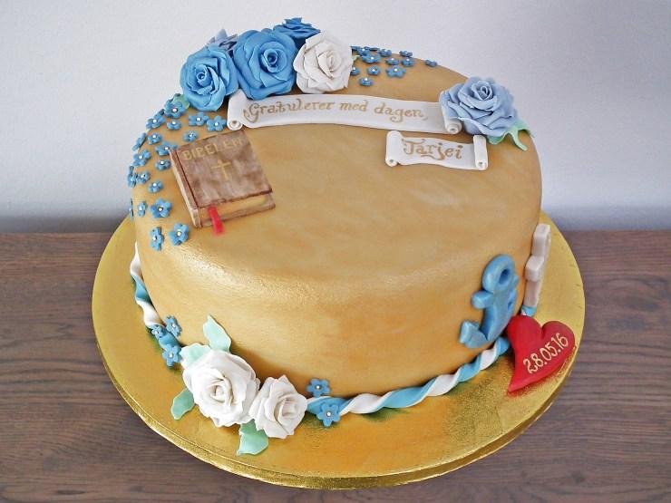 konfirmasjon_konfirmasjonskake_kake_marsipankake_marsipan_sjokolade_sjokoladekake_fondant_bibel_tro_håp_kjærlighet_marsipanroser_gull_gullkake