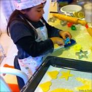 Recortando las galletas