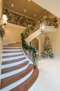 Staircase-Garland-Christmas-Design-Dallas-200x300