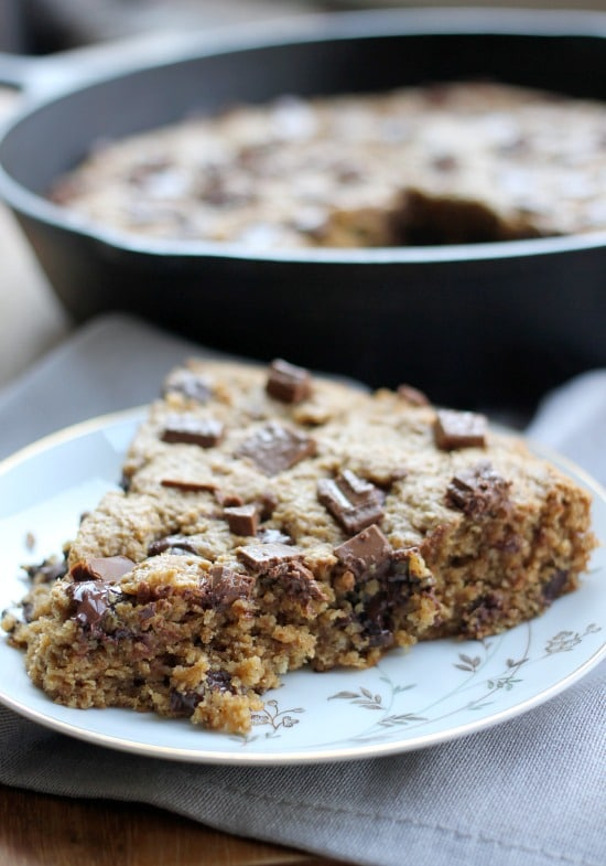 Closeup of the Chocolate Chip Peanut Butter Skillet Cookie slice on a plate
