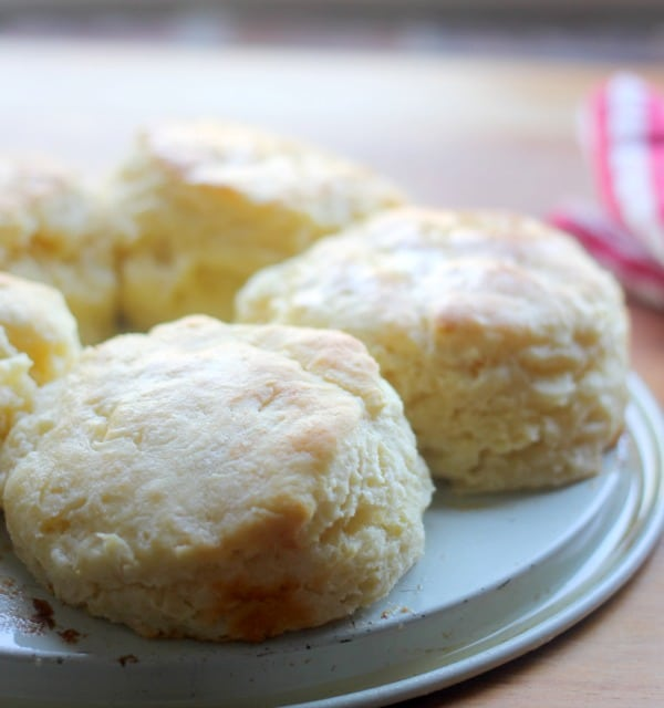 The Biscuit Mixing Method and The Best Fluffy Buttermilk Biscuits- Baker Bettie