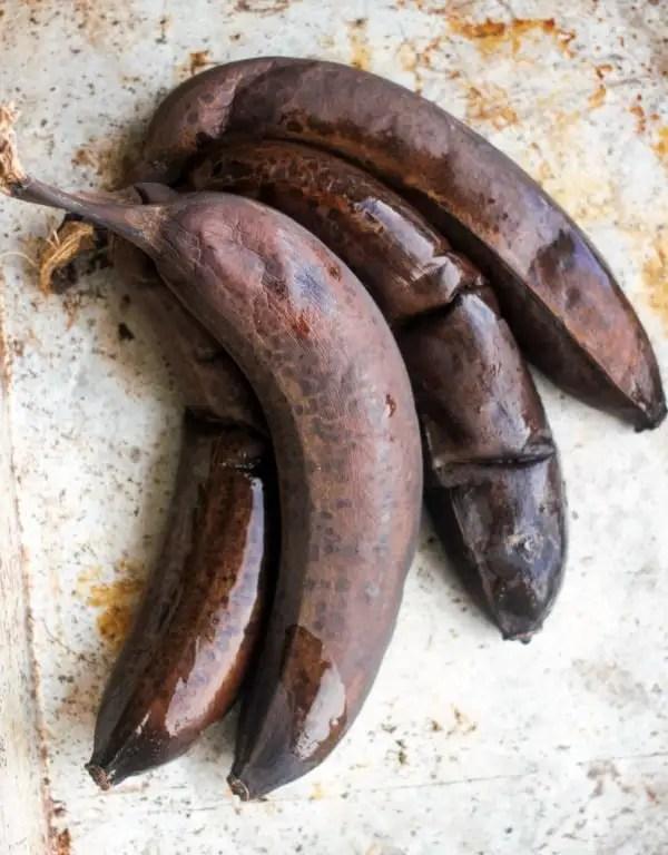 Simply Perfect Easy Banana Bread   Baker Bettie
