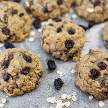 Perfect Oatmeal Raisin Cookies