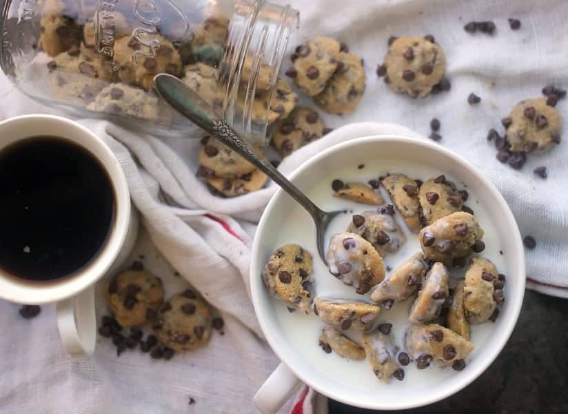 one-bite-chocolate-chip-cookies