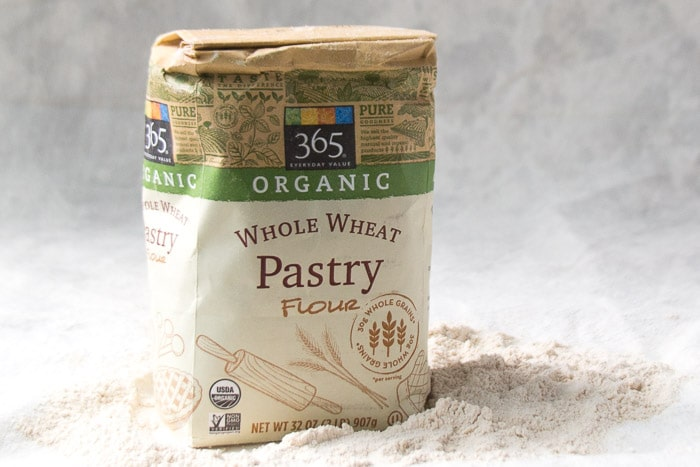 A package of Whole wheat pastry flour