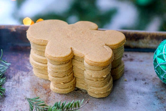 Simple Gingerbread Cookies without Molasses