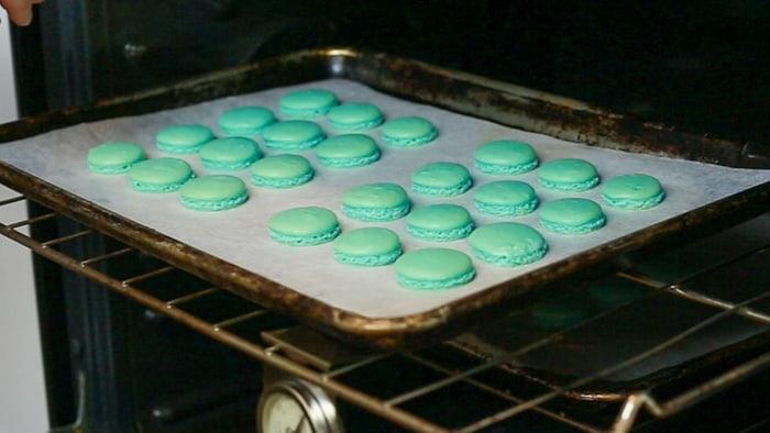 Baked macaron shells