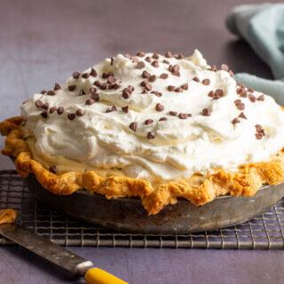 Peanut Butter Chocolate Chip Cream Pie