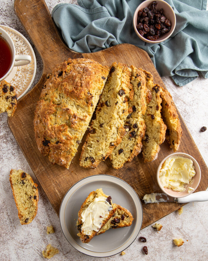 Currant and caraway soda bread