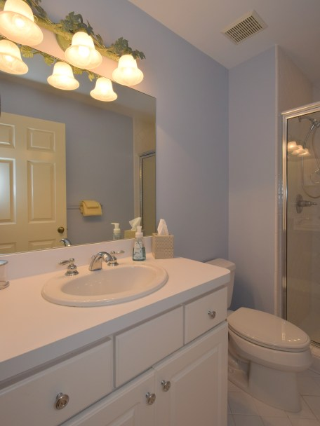 Princess Suite Full Bath
